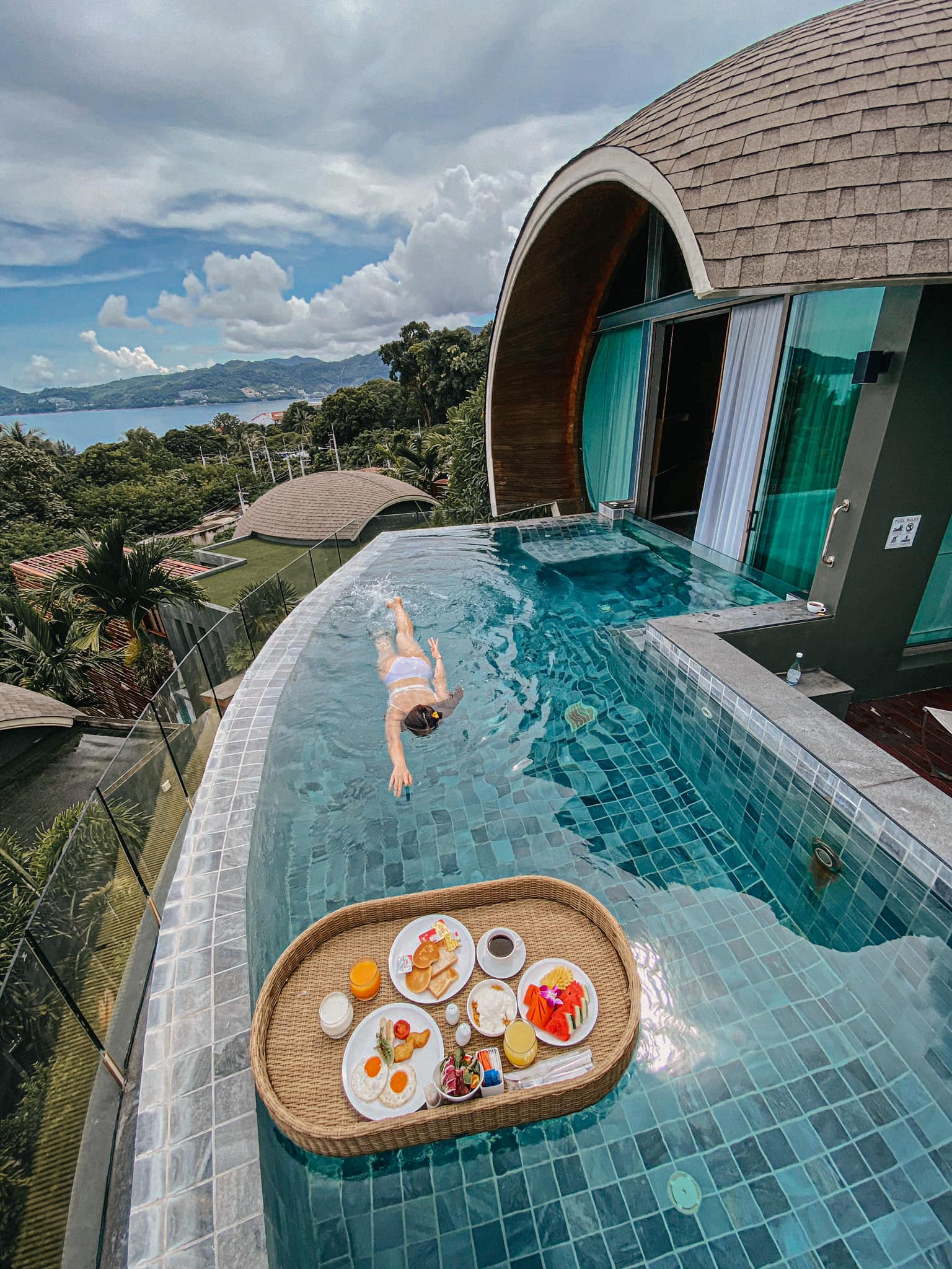 Crest Resort & Pool Villas Phuket